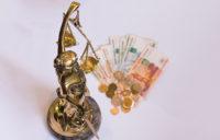 Сколько стоят услуги адвоката или как формируется гонорар адвоката?